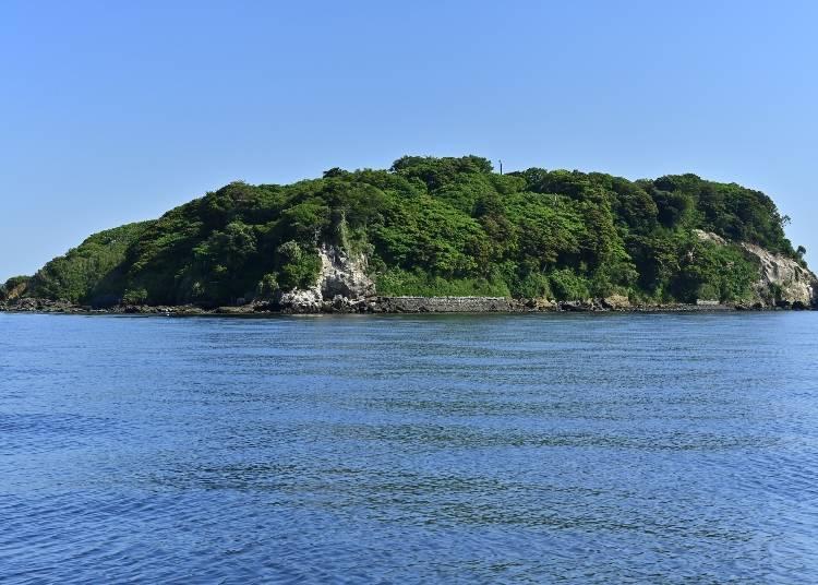 2.搭船10分鐘就到~殘存廢墟的東京灣唯一無人島「猿島」/神奈川
