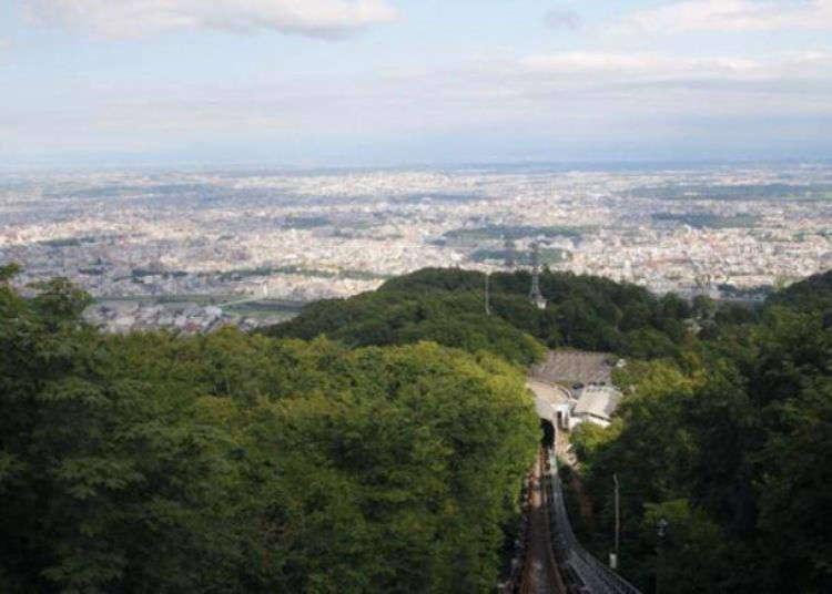 [삿포로여행] 일본 3대 야경중 하나로 불리는 삿포로 야경을 본다면 모이와산이 제격! 모이와야마 전망대로 떠나자!