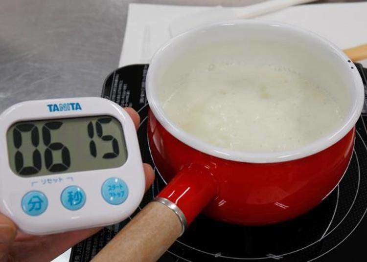 Love Cheese? Check out the Mascarpone cheese making experience at Furano Cheese Factory!