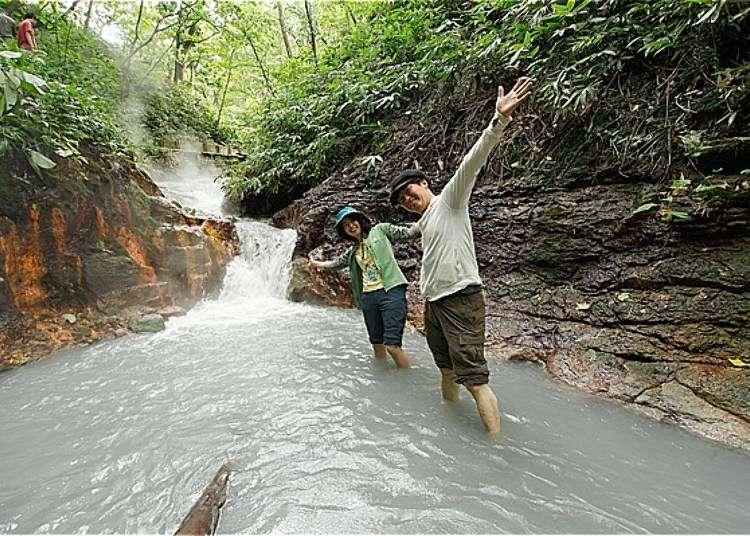 홋카이도 노보리베츠 온천 여행! 천연온천이 흐르는 강에서 족욕 타임!