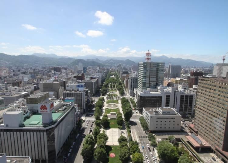 【삿포로 관광 명소3】 삿포로 중심에 있는 [오오도오리 공원] 여름, 겨울에 개최되는 이벤트에 주목!