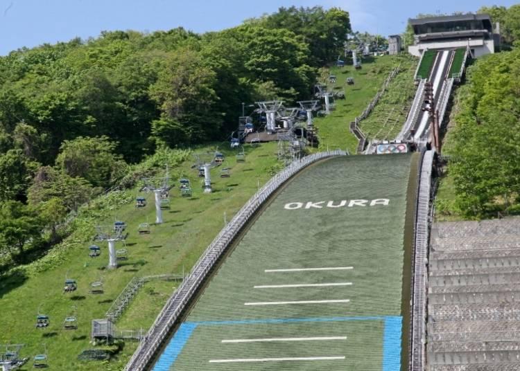 推荐景点5.仿佛跳台滑雪选手「大仓山展望台」的心跳加速绝美景色