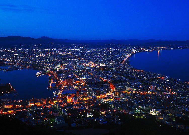 夕暮れから訪れるのがポイント!「函館山の夜景」を120%楽しむ方法