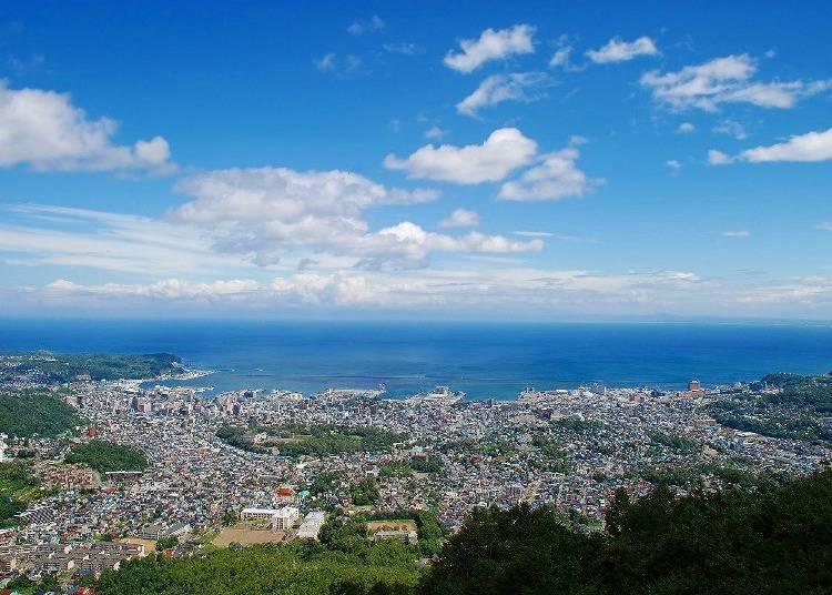 远眺美丽的小樽风景「小樽天狗山缆车」