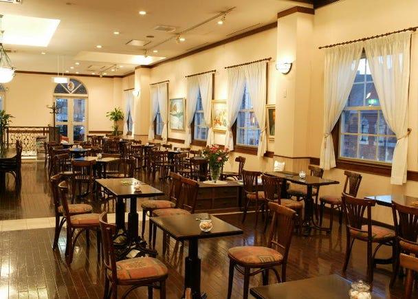 9)本店ならではの生スイーツを堪能「小樽洋菓子舗ルタオ本店」