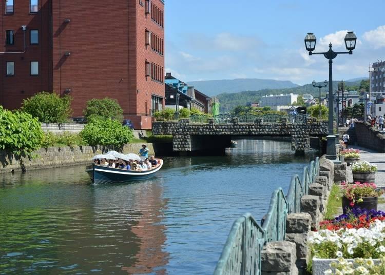 1)首先要先前往经典之最的「小樽运河」