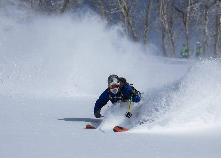 二世古滑雪場③「二世古Village」雪道、雪上活動超多!