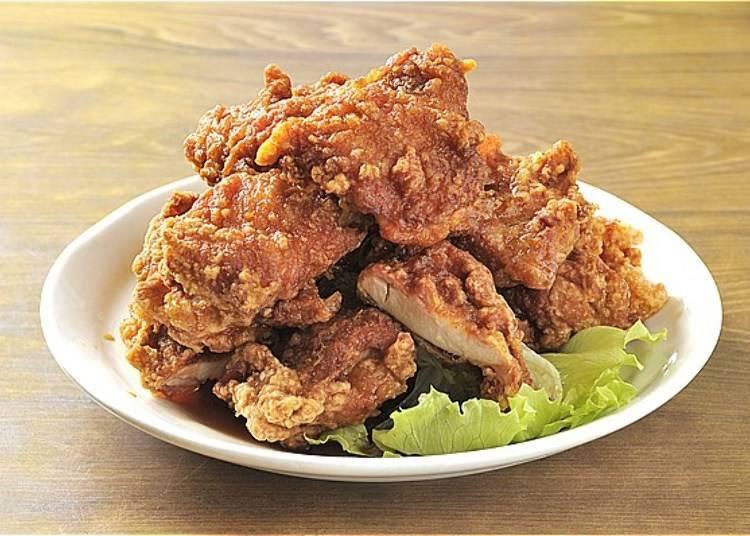钏路当地美食3. 带骨炸鸡、炸猪排意粉