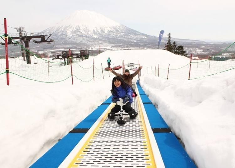 可以在寬廣的獨立區域中盡情享受玩雪的樂趣!二世谷格蘭比羅夫親子公園