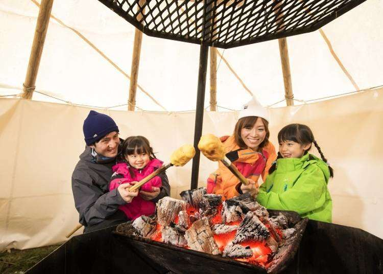 5 Cool Tomamu Activities: Cooking Cake Over a Bonfire... With Bamboo?! This Area in Japan Takes Snow Fun to a New Level