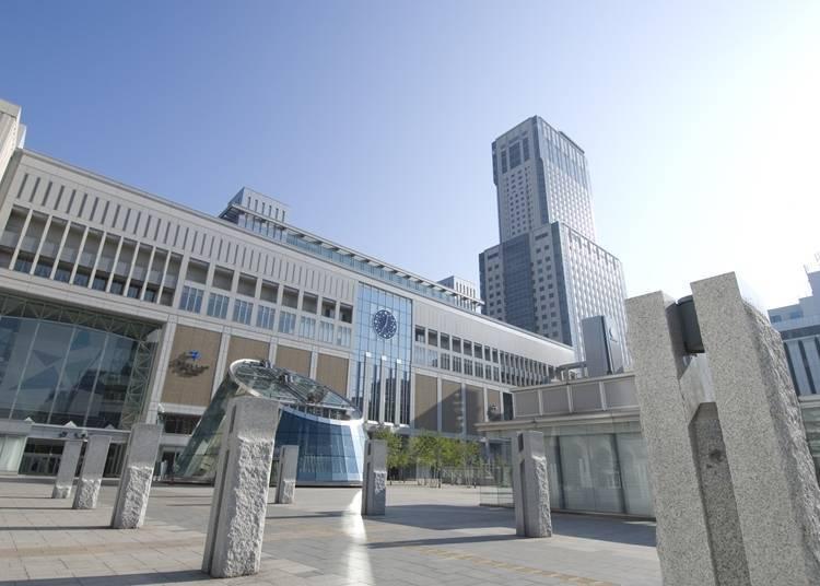 3) JR 타워 호텔 닛코 삿포로 : JR 삿포로역에 직결되어 있으며 여행의 피로를 달랠 수 있는 스파체험