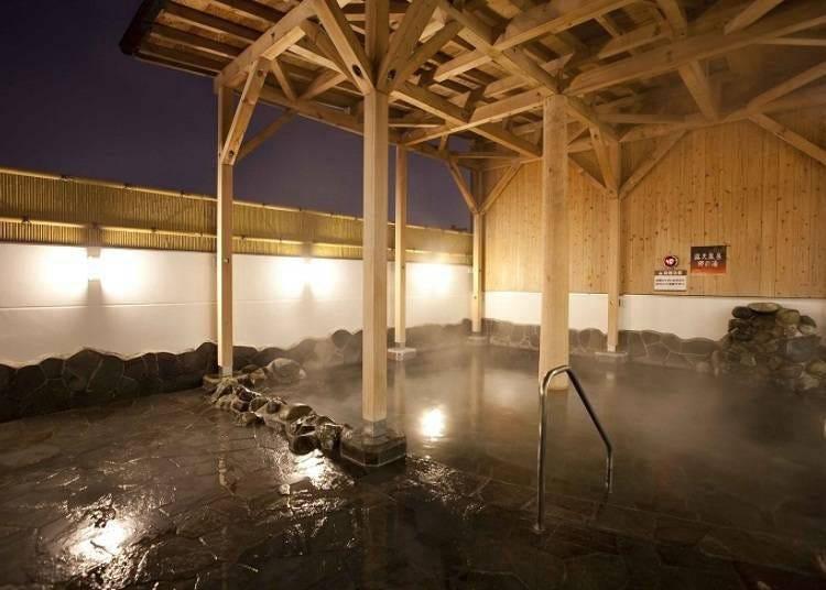 8) 테이네 온천 호노카 : 온천 암반욕도 즐길 수 있다