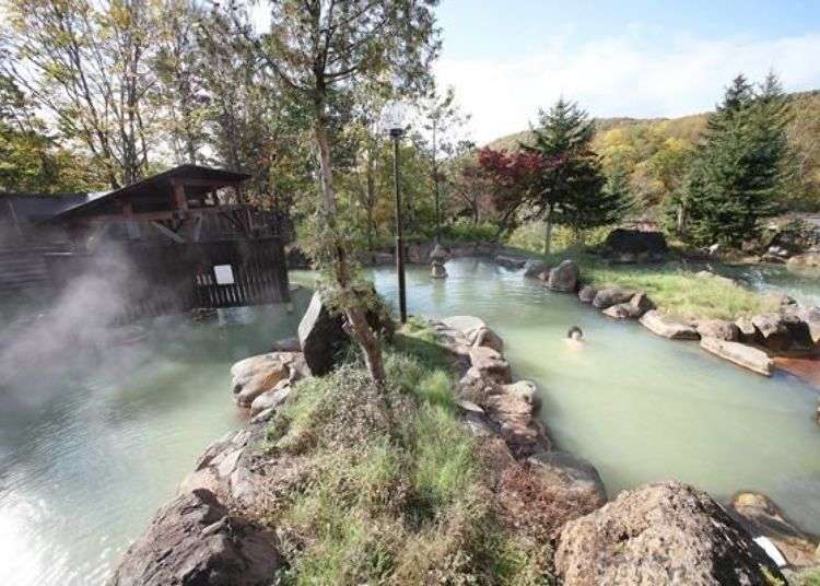 溫泉天國新雪谷的美肌之湯TOP3!同時能欣賞羊蹄山的絕景與享受在大自然中散步的樂趣!