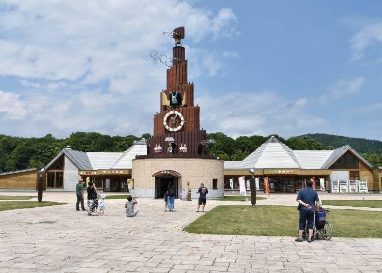 The world's largest Karakuri cuckoo clock tower!