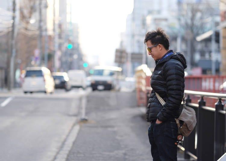 冬遊北海道防寒對策4:街道上・搭乘交通工具時,應避免穿著厚重衣物