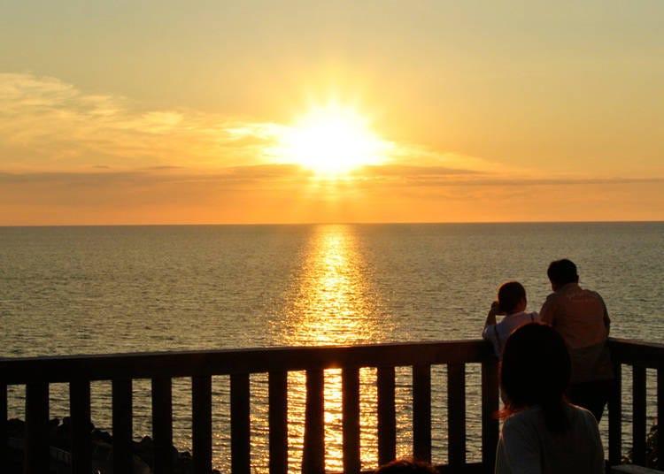 絕美夕陽景色的「休憩站 石狩 AIROーDO厚田」