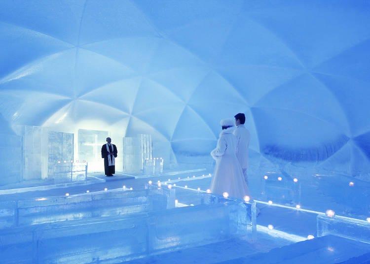 1月からは「氷の教会」での挙式や、「氷のホテル」の宿泊体験も開始