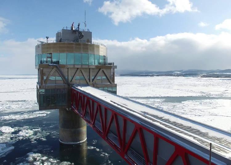2. 可從海面上及海底兩處觀察流冰景觀的「鄂霍次克塔」