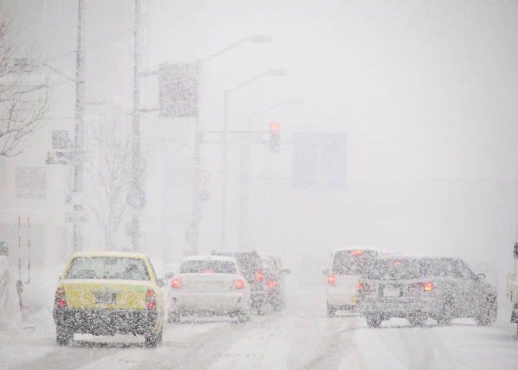 在積雪的道路上請謹慎駕駛!北海道雪地開車的注意事項