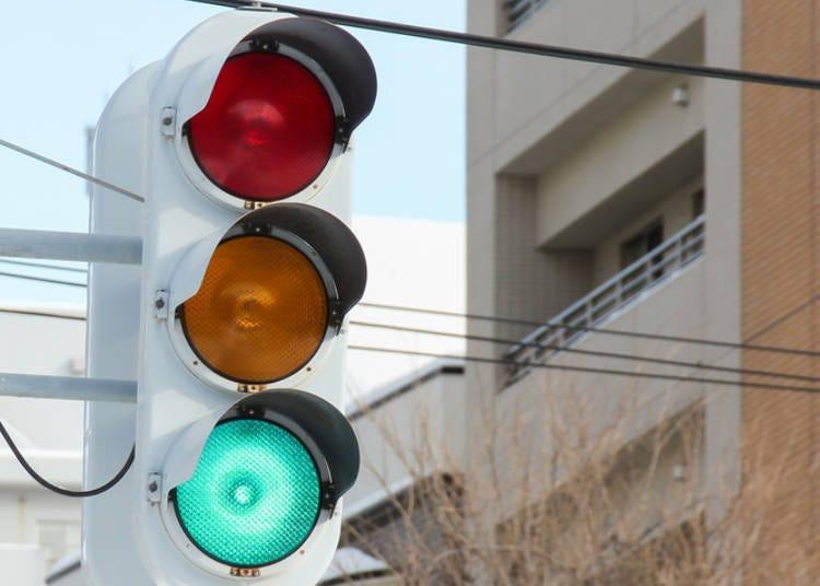 5.北海道的紅綠燈為什麼不是橫式的?