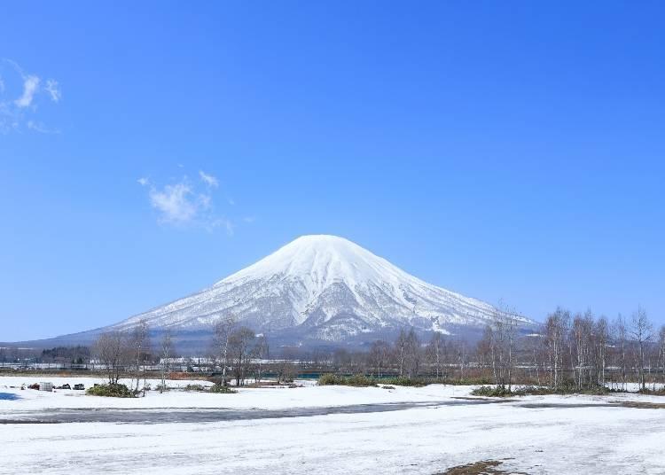 1.北海道的4月份還是一片白雪景色?該穿什麼鞋子很重要!