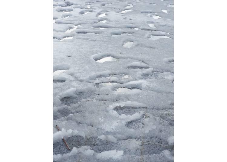 2.走在融雪的道路上,要注意「濺雪」狀況!