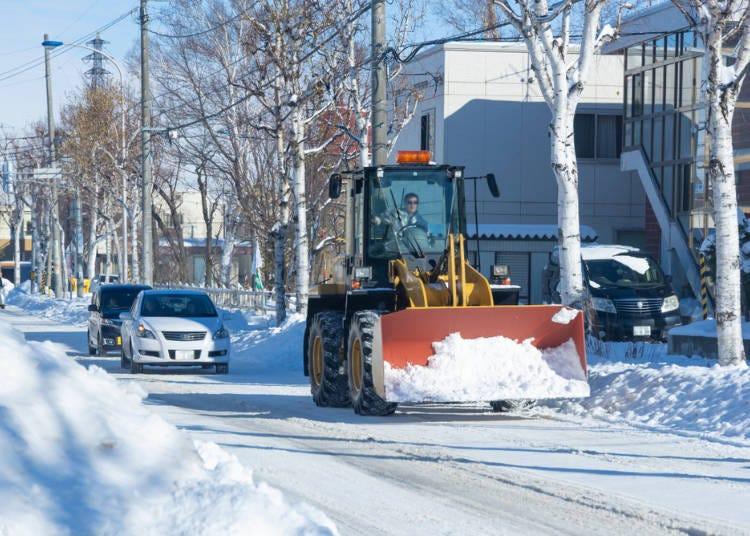 2.降り積もった雪が朝にはキレイに除雪されているのに驚いた!