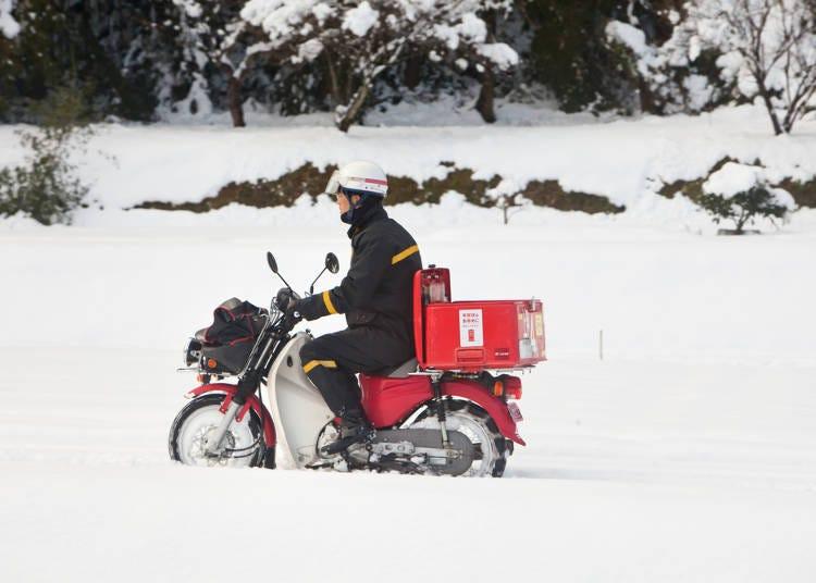 3.雪道をバイクに乗って走っている人がいるのに驚いた!