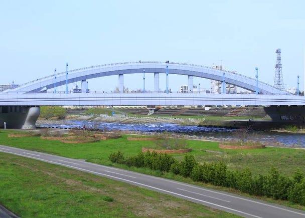 ■コース南側:札幌の川・豊平川を横断「幌平橋」