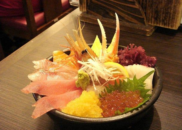 ■4:朝ごはんに海鮮丼を食べる