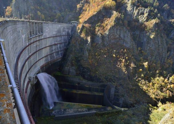■16:豊平峡ダムで大迫力の放水を体感
