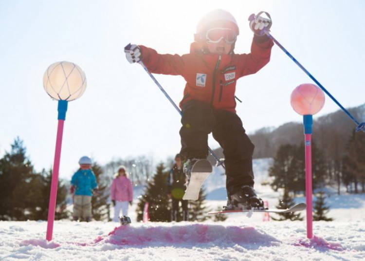 留壽都滑雪場⑩西山|Family滑雪道:飯店就在眼前!還有許多適合小朋友的遊樂設施