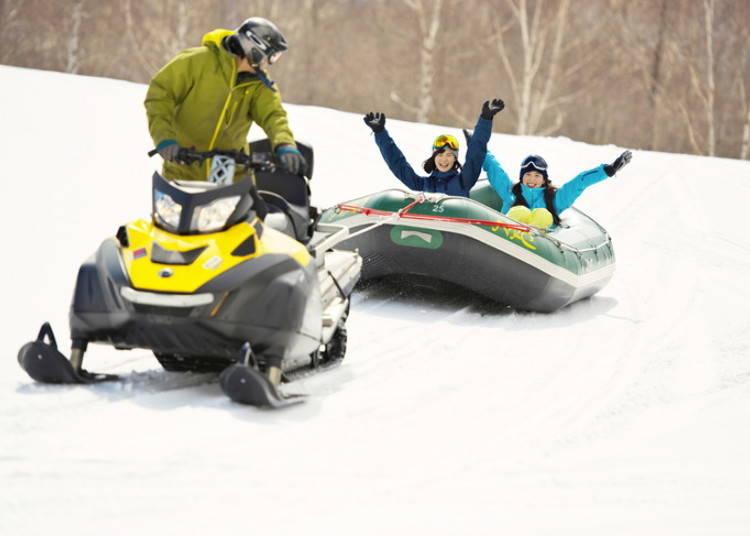 2. 充滿緊張刺激感受的「Snow Rafting」(雪上泛舟)