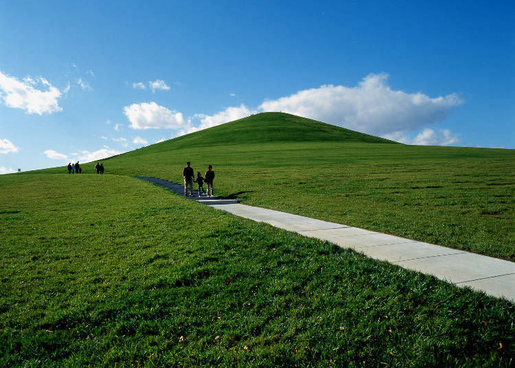 2. Mount Moere: the landmark that oversees all of Sapporo City