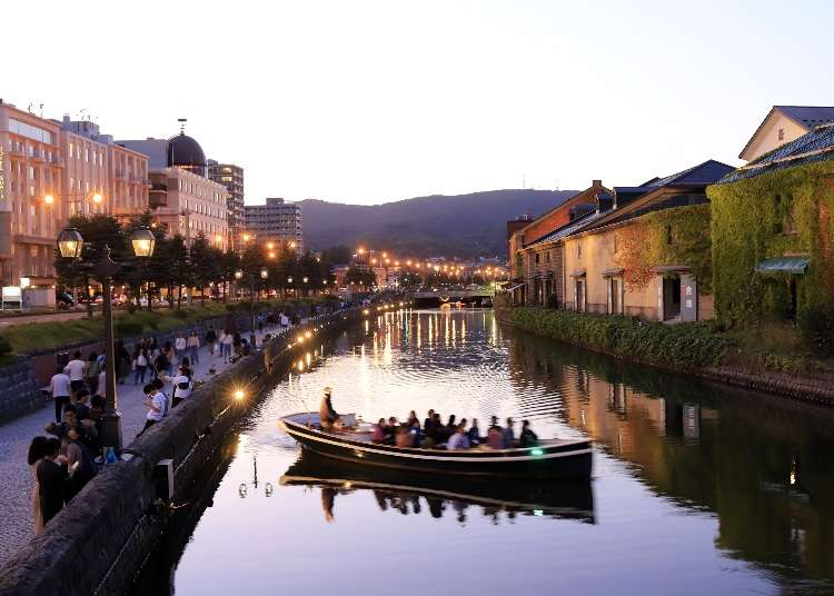 The Otaru Canal Cruise: Enjoy the Sea and Gorgeous Brick Buildings!