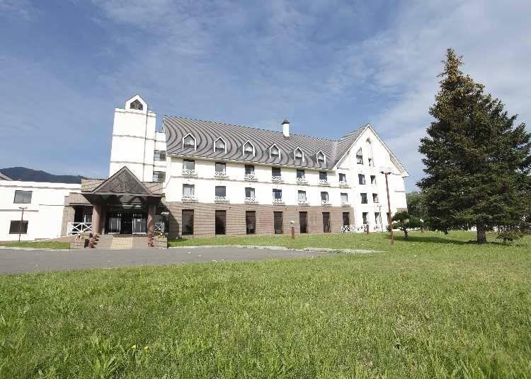 3. Impressive Scandinavian-style Hotel Edel Warme