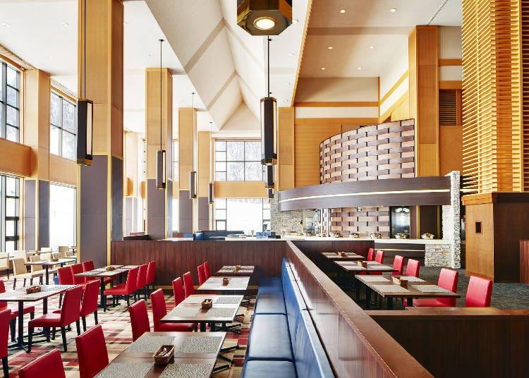 在Kiroro滑雪場的咖啡廳&餐廳內休息片刻