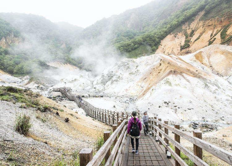 「登別地獄谷」散策の見どころガイド。登別グルメやお土産も紹介