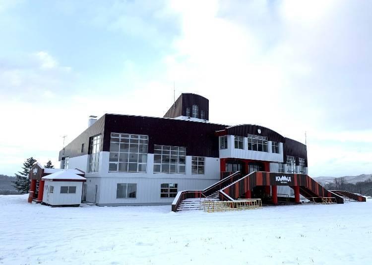 神居滑雪场餐厅:知名拉面、时尚咖啡厅等,在开放感的空间内用餐!