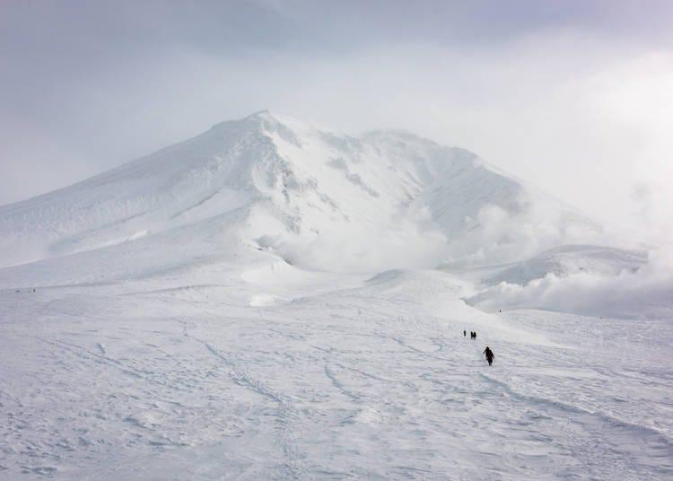 4.大雪山系旭岳で四方八方真っ白な世界に迎えられた