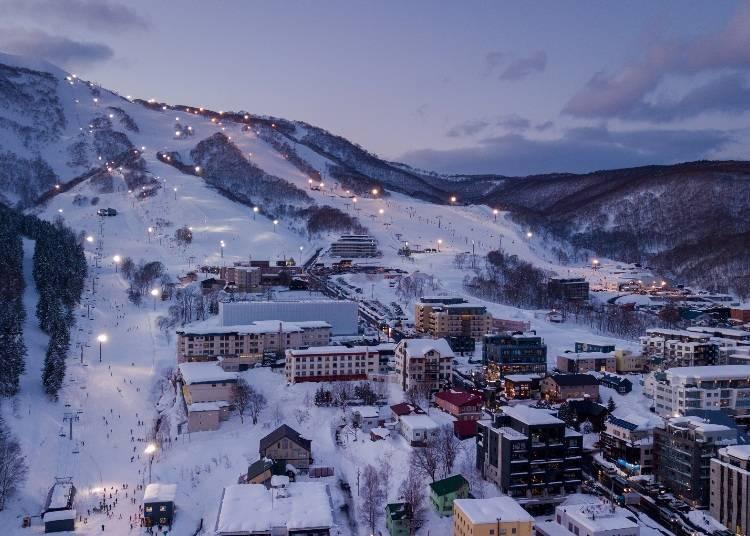 숙박을 하며 스키를 즐긴다면 야간 스키도 추천!