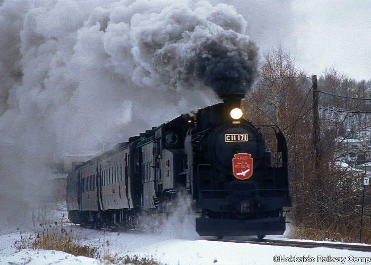 1.レトロな蒸気機関車「SL冬の湿原号」