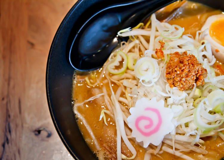 8. 在寒冷的冬天吃碗溫暖的札幌拉麵