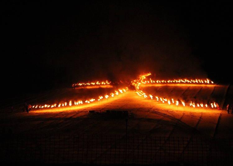 2.上富良野町の迫力ある「北の大文字」で新年を迎える
