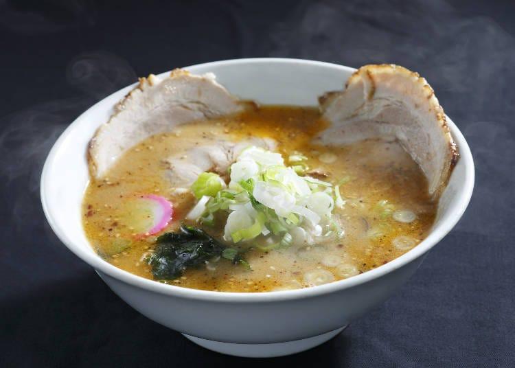 3.初詣で冷えたら体の芯まで温まる札幌ラーメンを食べる
