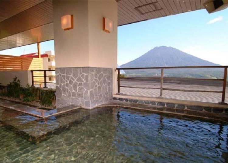Niseko Onsen Guide: The Best 6 Hot Springs in Niseko With Jaw-Dropping Views