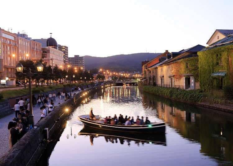 充滿異國風情的河岸景色~小樽運河遊船
