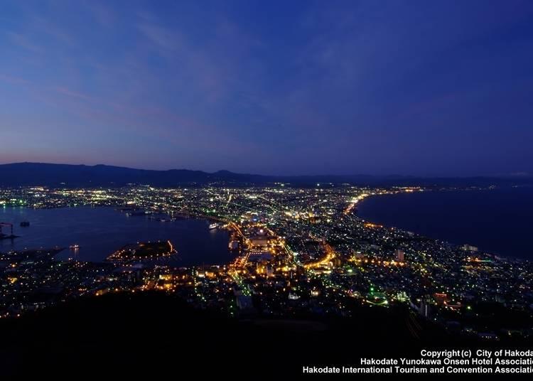 5.夕暮れから夜にかけてが美しい「函館山」からの展望