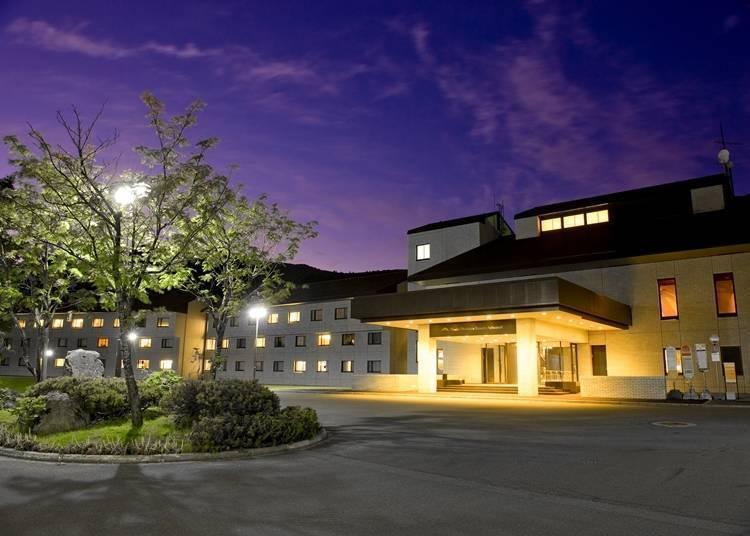 3.二世古北方安努普利度假酒店:被自然气息围绕的户外娱乐据点