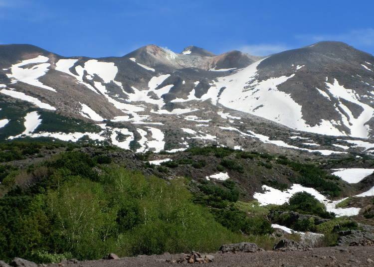 17:20 可以體驗北海道冬季尾聲風情的「十勝岳」